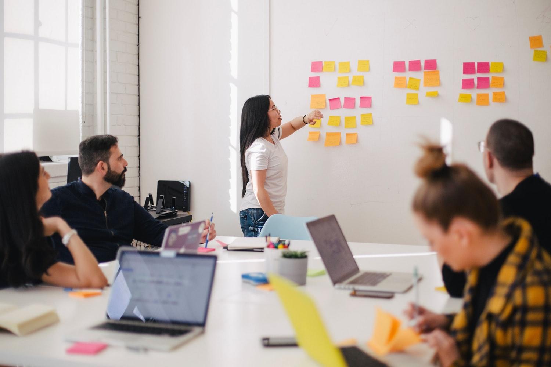 brainstormen-organiseren-brainstormtechnieken-creativiteit-innovatie